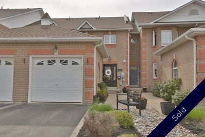 Burlington Freehold Townhome for sale:  3 bedroom  (Listed 2016-05-12)